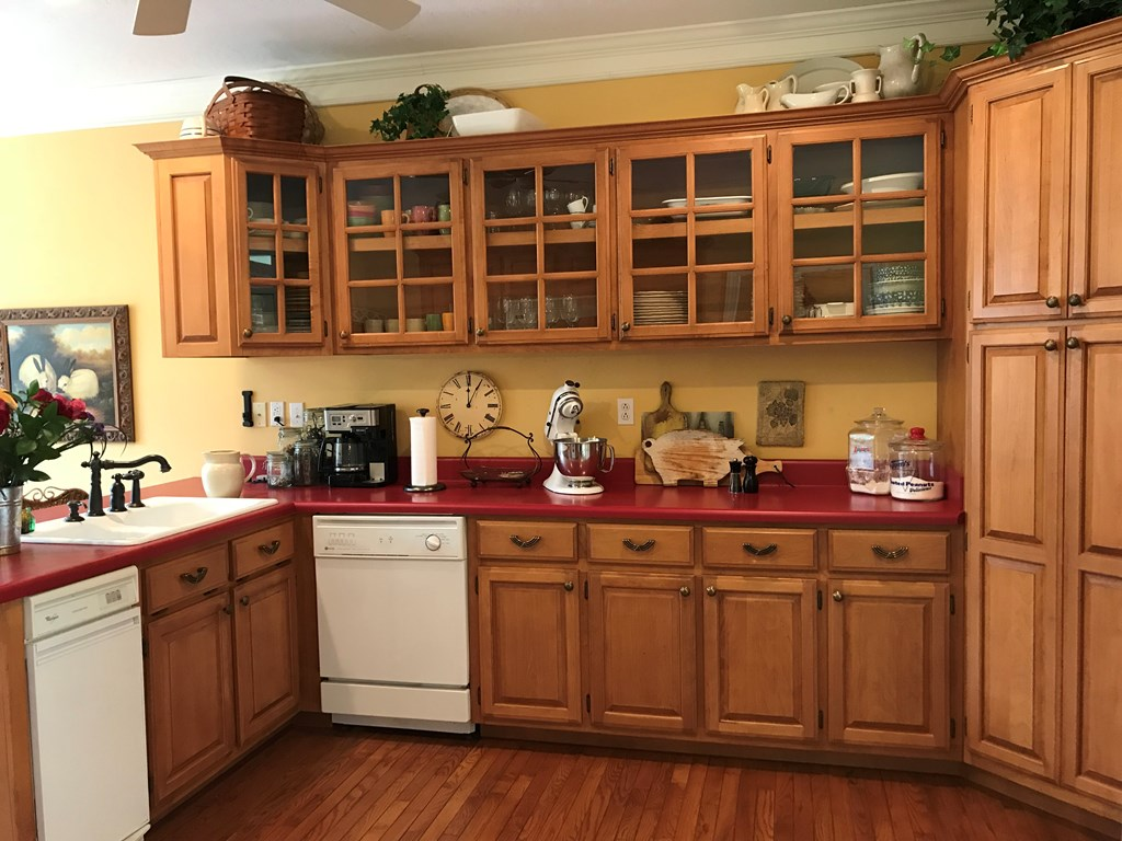 Kitchen has solid wood cabinets