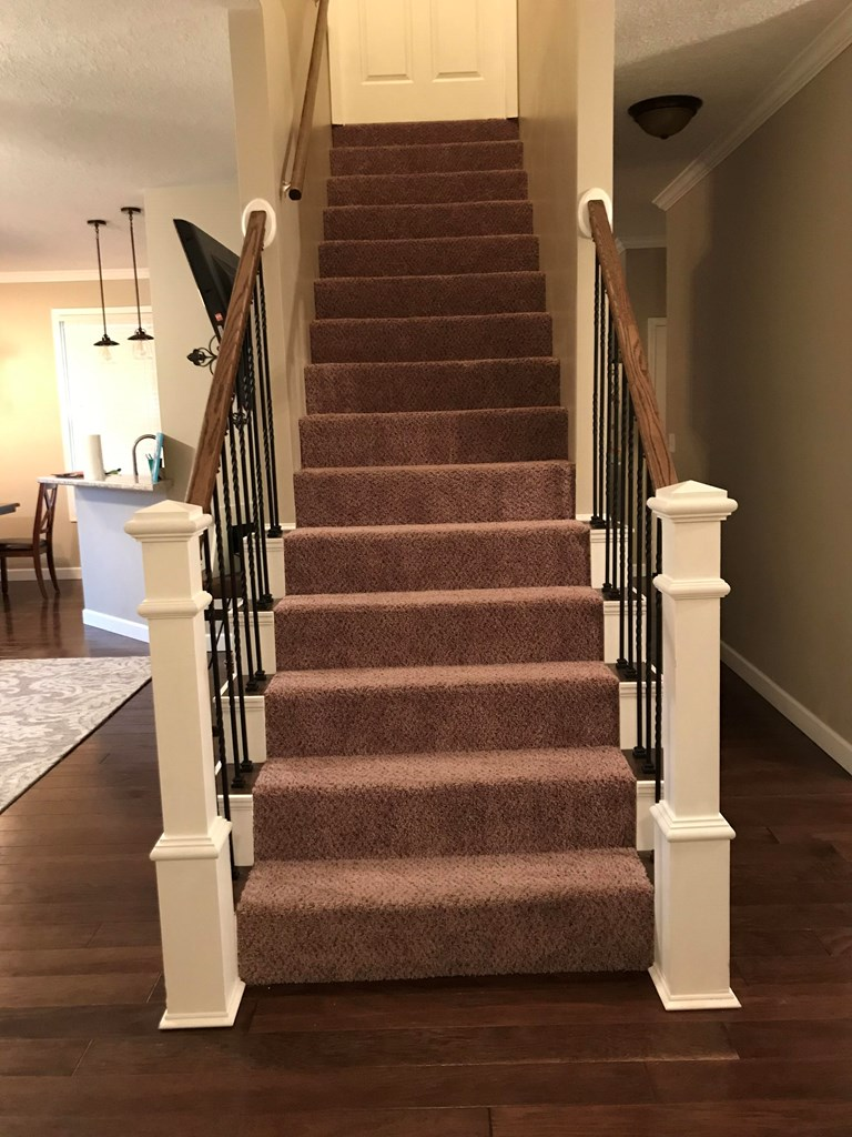 Staircase to finished bonus room