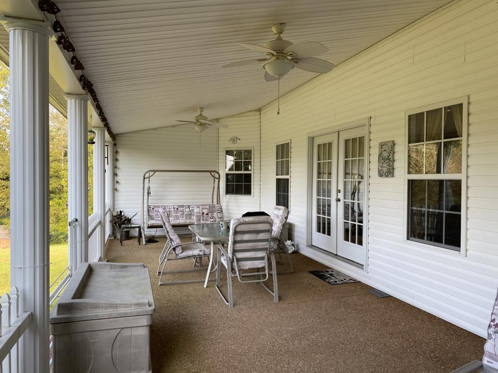 Additional view of back porch